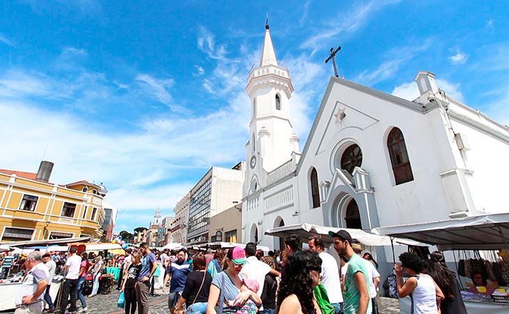 O que fazer em Curitiba: Feirinha do Largo da Ordem