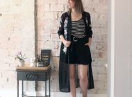 Roupa da vida real: quimono e sandália modernosa